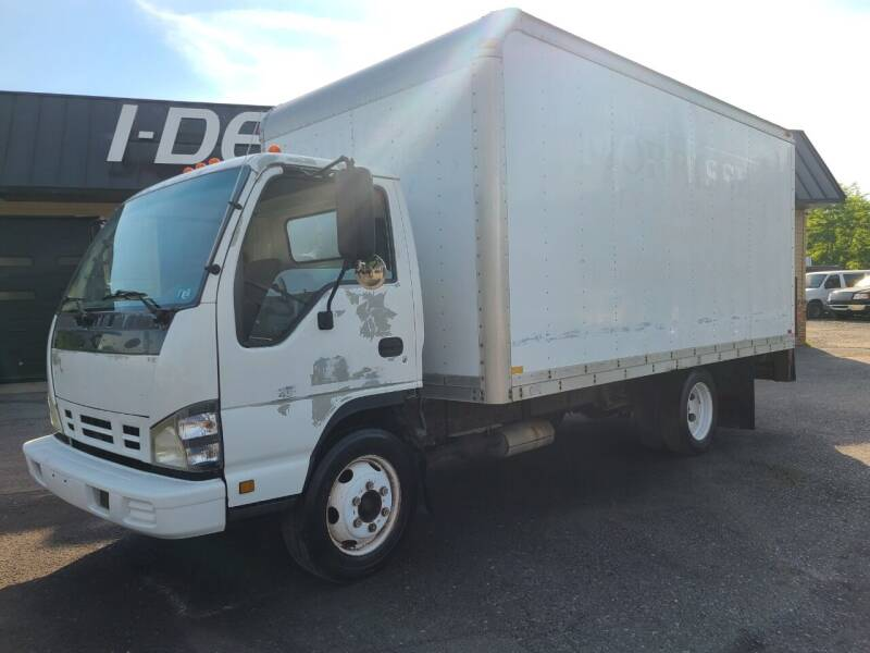 2006 GMC W4500 for sale at I-Deal Cars in Harrisburg PA
