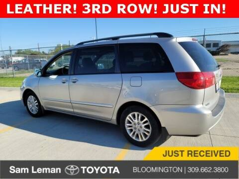 2007 Toyota Sienna for sale at Sam Leman Toyota Bloomington in Bloomington IL