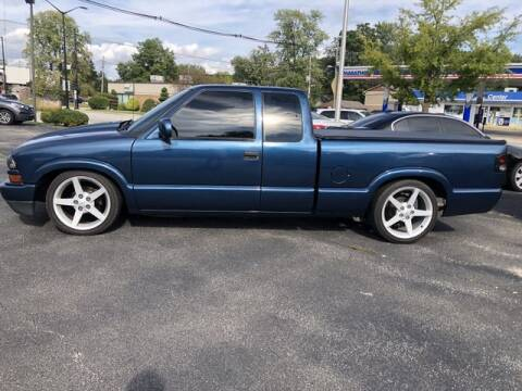 2002 Chevrolet S-10 for sale at VINE STREET MOTOR CO in Urbana IL
