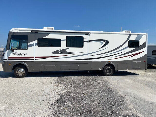 2011 Coachmen Mirada 34BH for sale at Bates RV in Venice FL