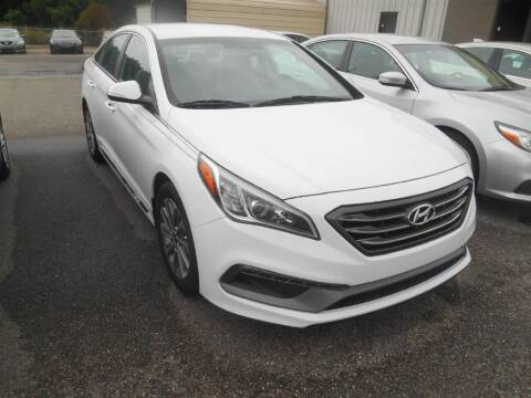 2018 Hyundai Sonata for sale at AUTO MART in Montgomery AL