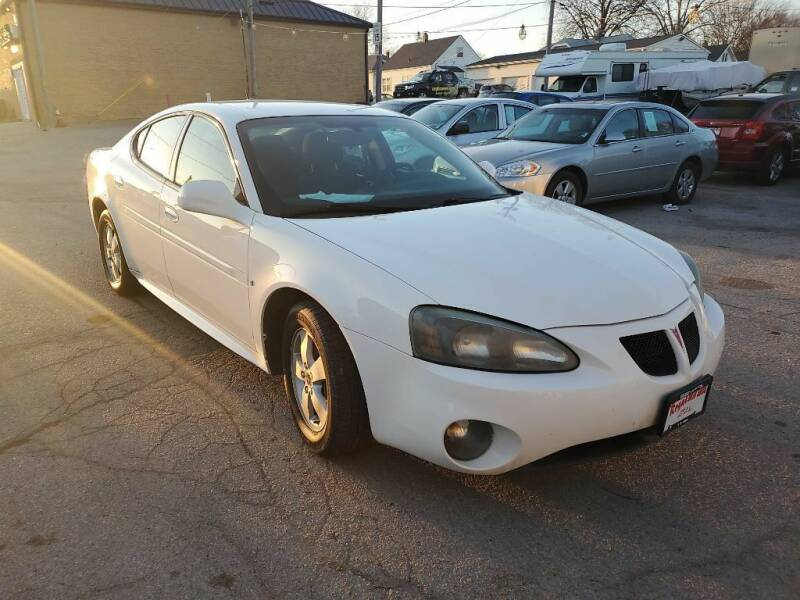 2006 Pontiac Grand Prix for sale at ROYAL AUTO SALES INC in Omaha NE