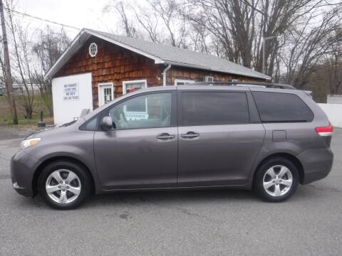 2011 Toyota Sienna for sale at Trade Zone Auto Sales in Hampton NJ