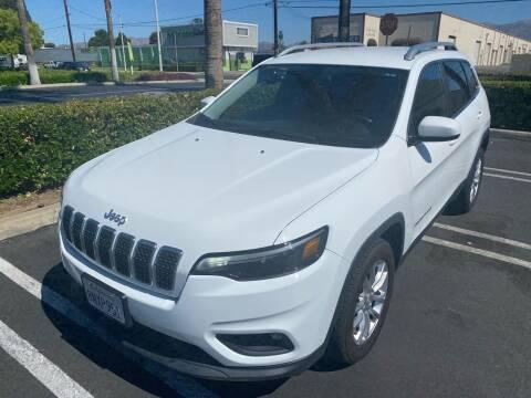 2019 Jeep Cherokee for sale at Fiesta Motors in Winnetka CA