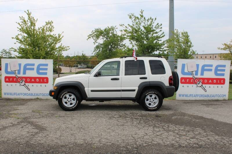2007 Jeep Liberty for sale at LIFE AFFORDABLE AUTO SALES in Columbus OH
