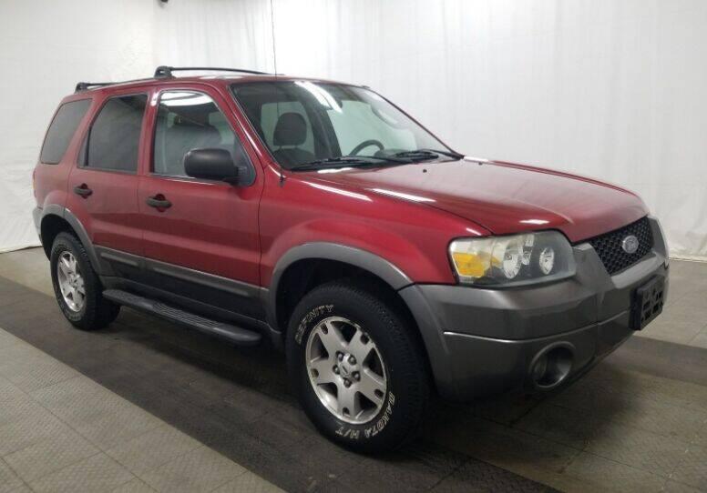 2005 Ford Escape for sale at Sunshine Auto Sales in Menasha WI