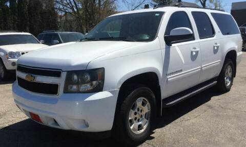 2009 Chevrolet Suburban for sale at Knowlton Motors, Inc. in Freeport IL