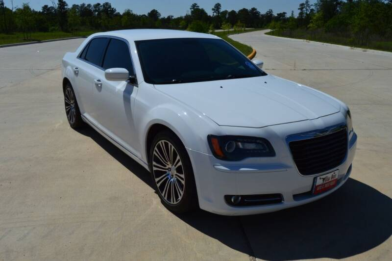2014 Chrysler 300 for sale at Fincher's Texas Best Auto & Truck Sales in Tomball TX
