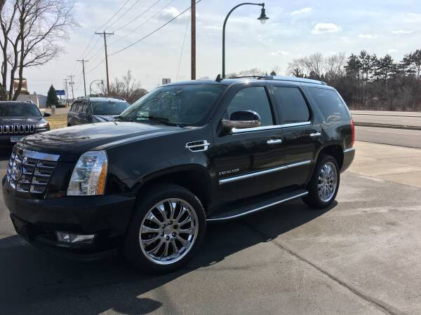 2011 Cadillac Escalade for sale at Premier Motors LLC in Crystal MN