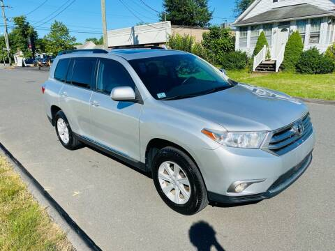 2013 Toyota Highlander for sale at Kensington Family Auto in Berlin CT