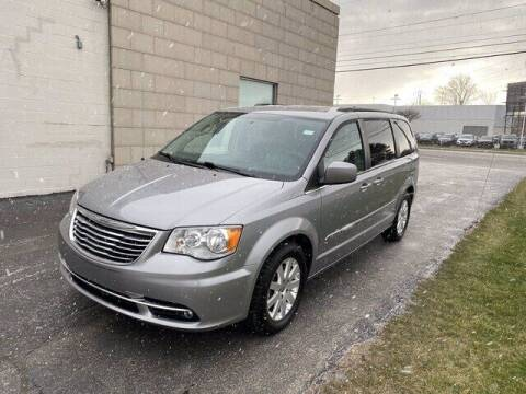 2016 Chrysler Town and Country for sale at Cappellino Cadillac in Williamsville NY