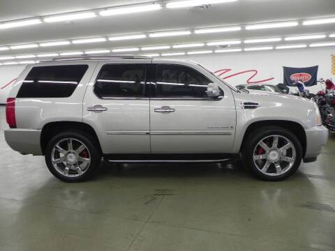 2007 Cadillac Escalade for sale at 121 Motorsports in Mount Zion IL