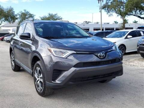 2018 Toyota RAV4 for sale at Selecauto LLC in Miami FL