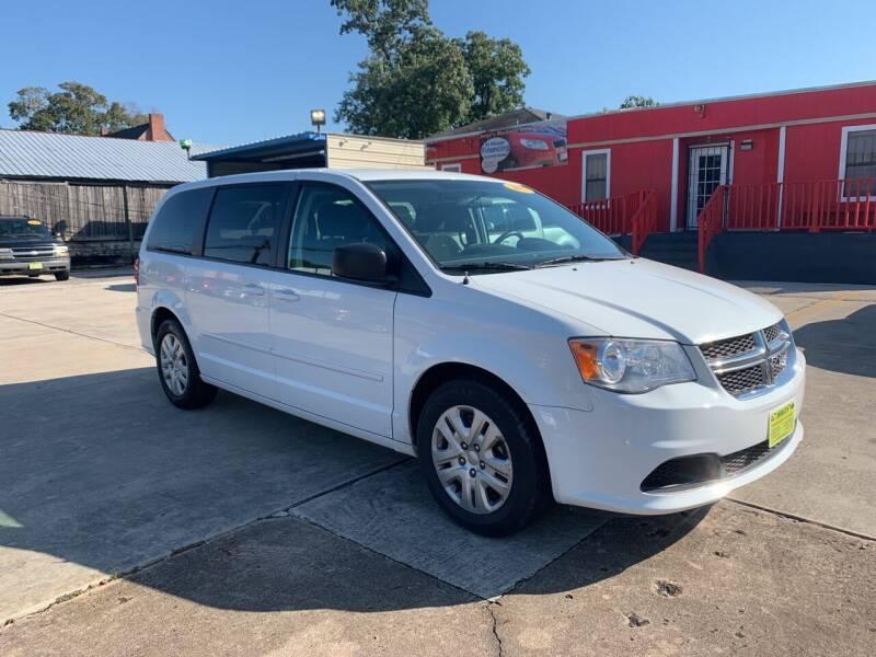 2017 Dodge Grand Caravan for sale at JORGE'S MECHANIC SHOP & AUTO SALES in Houston TX
