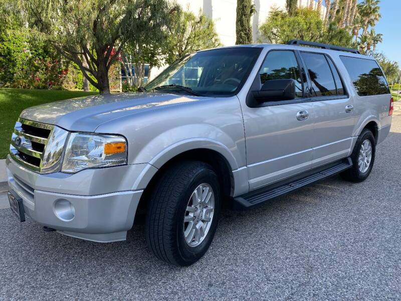 2011 Ford Expedition EL for sale at Donada  Group Inc in Arleta CA