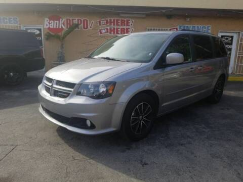 2017 Dodge Grand Caravan for sale at VALDO AUTO SALES in Miami FL