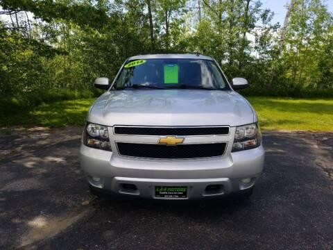 2014 Chevrolet Suburban for sale at L & R Motors in Greene ME
