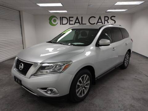 2016 Nissan Pathfinder for sale at Ideal Cars in Mesa AZ