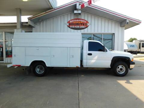 2001 Chevrolet Silverado 3500 for sale at Motorsports Unlimited in McAlester OK