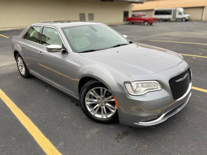 2015 Chrysler 300 for sale at D3 Auto Sales in Des Arc AR