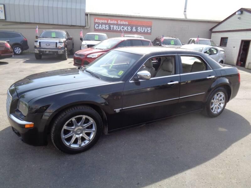 2006 Chrysler 300 for sale at Aspen Auto Sales in Wayne MI