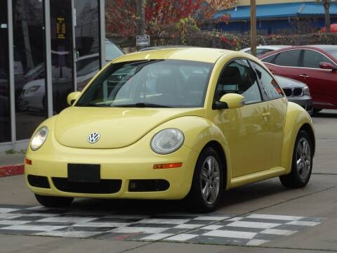 2010 Volkswagen New Beetle for sale at Drive Town in Houston TX