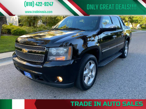 2010 Chevrolet Avalanche for sale at Trade In Auto Sales in Van Nuys CA