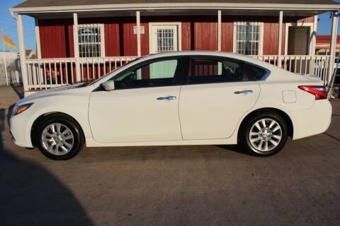 2017 Nissan Altima for sale at AMT AUTO SALES LLC in Houston TX