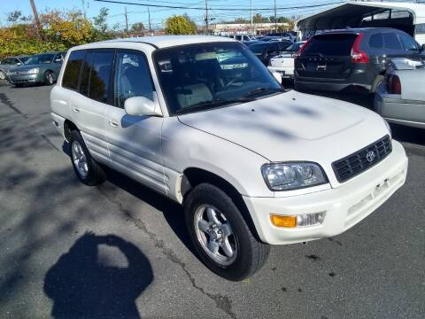 2000 Toyota RAV4 for sale at Wilson Investments LLC in Ewing NJ