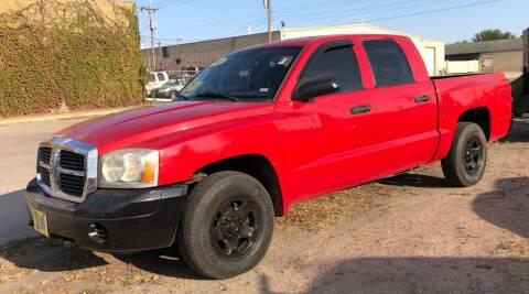 2005 Dodge Dakota for sale at El Tucanazo Auto Sales in Grand Island NE