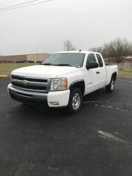 2010 Chevrolet Silverado 1500 for sale at Walker Motors in Muncie IN