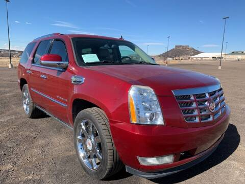 2009 Cadillac Escalade Hybrid for sale at BERKENKOTTER MOTORS in Brighton CO