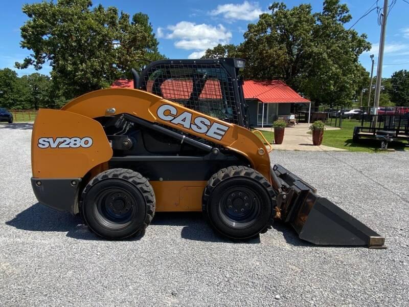 2017 Case IH  SV280 Skidsteer for sale at TINKER MOTOR COMPANY in Indianola OK