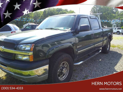 2004 Chevrolet Silverado 2500 for sale at Hern Motors - 2021 BROOKFIELD RD Lot in Hubbard OH