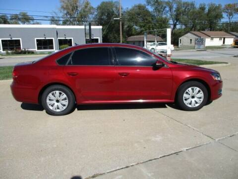 2015 Volkswagen Passat for sale at Pinnacle Investments LLC in Lees Summit MO