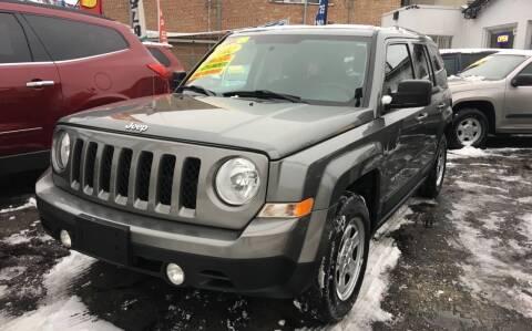 2012 Jeep Patriot for sale at Jeff Auto Sales INC in Chicago IL