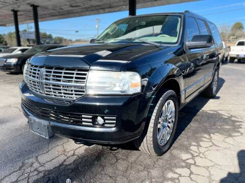 2009 Lincoln Navigator for sale at Magic Motors Inc. in Snellville GA