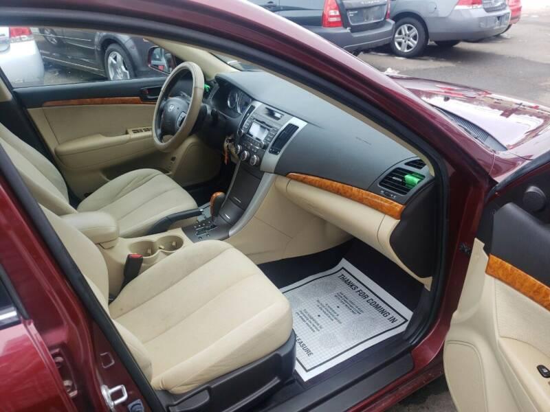 2009 Hyundai Sonata GLS 4dr Sedan 5A - Marshfield WI