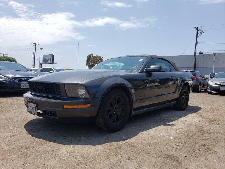 2007 Ford Mustang for sale at LR AUTO INC in Santa Ana CA