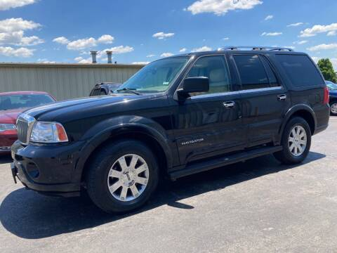 2004 Lincoln Navigator for sale at Ace Motors in Saint Charles MO