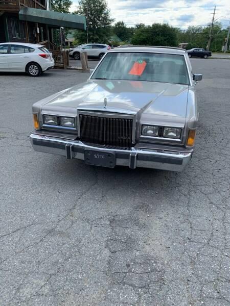 1989 Lincoln Town Car for sale at ALAN SCOTT AUTO REPAIR in Brattleboro VT