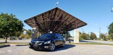 2014 Nissan Altima for sale at D&C Motor Company LLC in Merriam KS