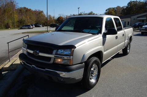 2004 Chevrolet Silverado 2500 for sale at Modern Motors - Thomasville INC in Thomasville NC