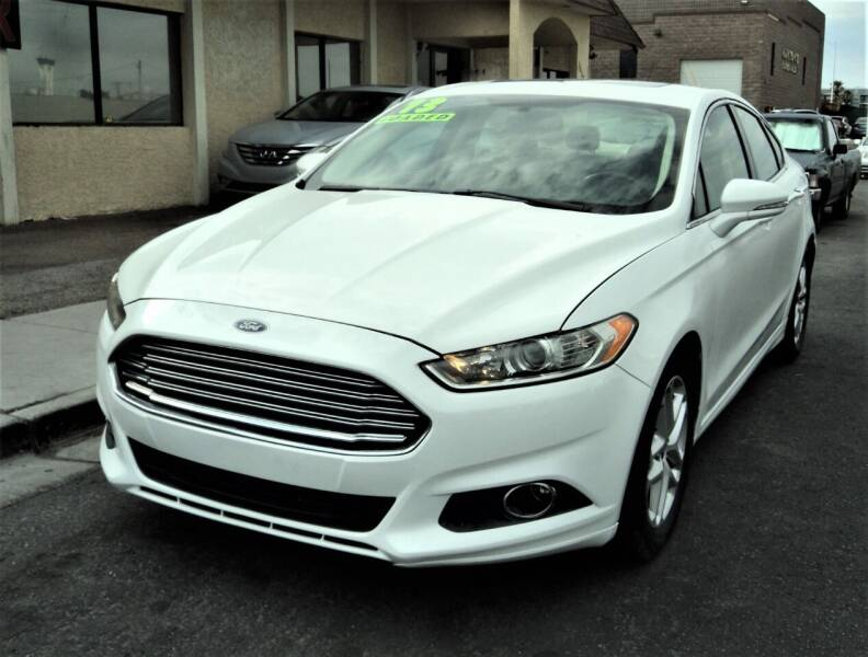 2013 Ford Fusion for sale at DESERT AUTO TRADER in Las Vegas NV