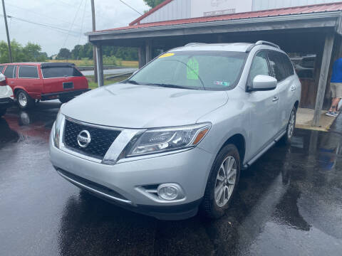 2013 Nissan Pathfinder for sale at Best Buy Auto Sales in Midland OH