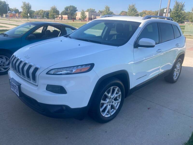 2014 Jeep Cherokee for sale at Dakota Auto Inc. in Dakota City NE