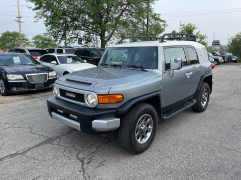 2011 Toyota FJ Cruiser for sale at Dean's Auto Sales in Flint MI