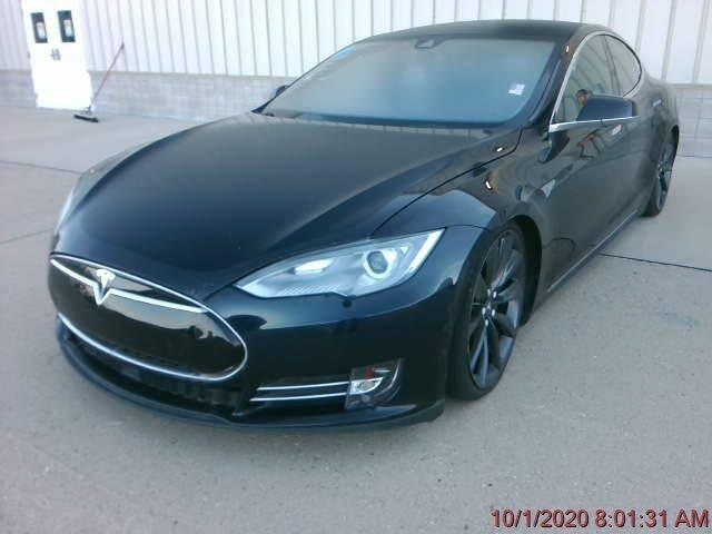 2015 Tesla Model S for sale at Apple Auto in La Crescent MN