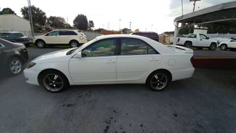 2005 Toyota Camry for sale at Lewis Used Cars in Elizabethton TN