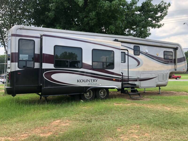 2006 FOR SALE!!!  NEWMAR  Kountry aire 37KSWB for sale at S & R RV Sales & Rentals, LLC in Marshall TX